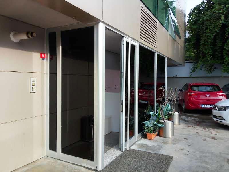 Ofis Cam Kaplama, Balkon Cam Filmi